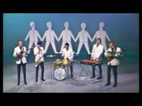 Catch Us If You Can Dave Clark Five STEREO COLOR Widescreen HiQ Hybrid JARichardsFilm 720p