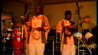 AMAKYE DADE  LIVE CONCERT  1991.   ITALY.