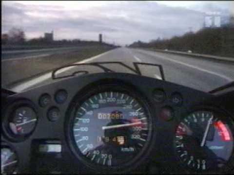 suzuki gsx r 1300 hayabusa 300 km/h highway - YouTube