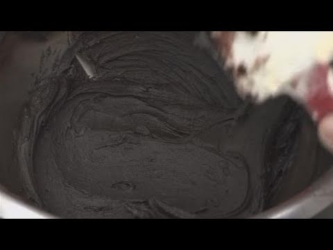 How To Make A Black Cake Frosting