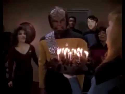 Happy Birthday In Klingon Awkward Extra Doesn T Know The Words Youtube