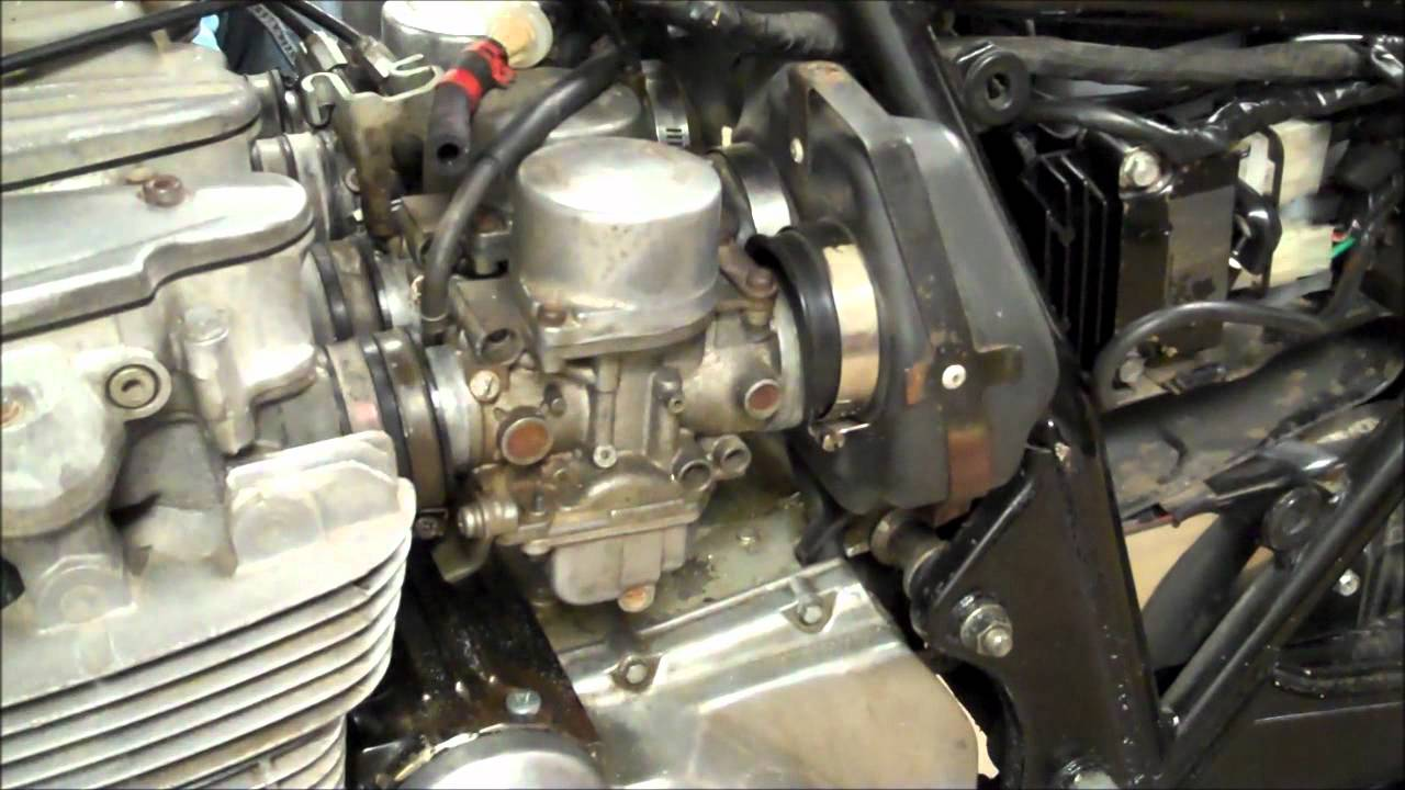 Honda CB650 81' Carb Boot Holder Replacement  YouTube