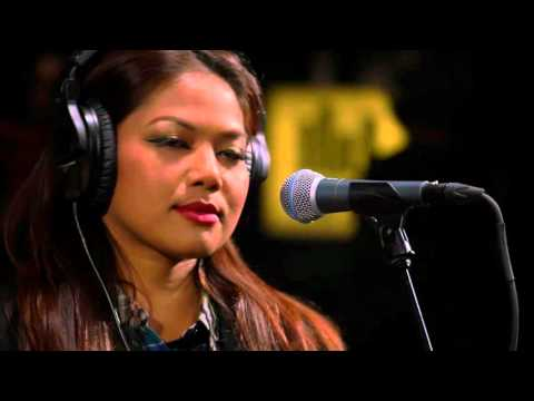 Dengue Fever - Genjer Genjer (Live on KEXP)