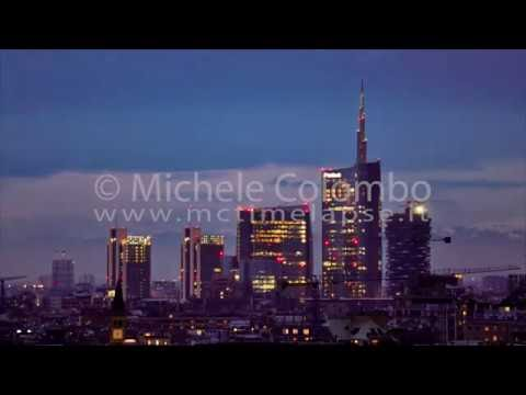 0042 - time lapse - Milan Skyline by nightfall