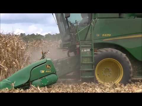 JOHN DEERE S670 SHELLING CORN. SCOTT FARMS 2017 CORN HARVEST 2
