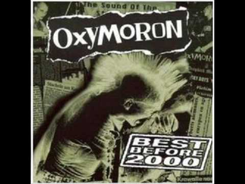 Oxymoron-Black cats