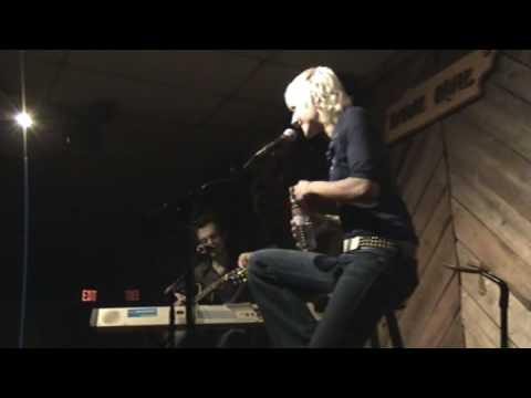 Sarah Bettens 2/24/07