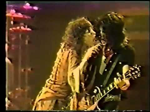 Toys In The Attic Aerosmith Live 1977 Youtube
