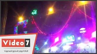مسجد الحسين يتزين بالأنوار وتوافد العشرات للإحتفال بمولد الحسين