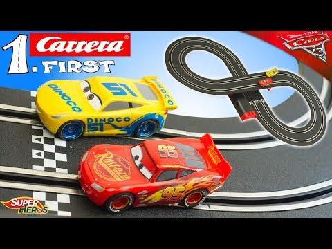 Circuit de Voitures Cars Carrera First Flash McQueen Cruz Ramirez Jouet Toy Review Youtube Kids