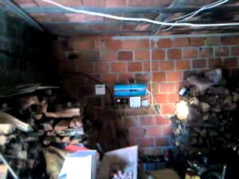 solaranlage inselanlage autarke stromversorgung 2kwp 24v funnydog tv. Black Bedroom Furniture Sets. Home Design Ideas