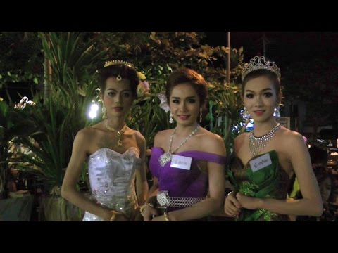 Ladyboys Dressed Up for Loy Krathong | Kathoey | Pattaya Video
