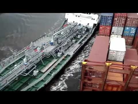 Ship Collision Caught on Tape