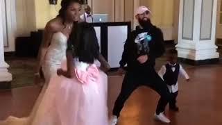 Это я на свадьбе друга