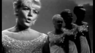 "King Sisters mashup ""Early Autumn/ Autumn Leaves"" from 1965 King Family Show"