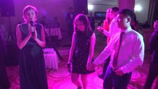Супер песня мамы и сестрёнки на Узату дочери 11.04.2015