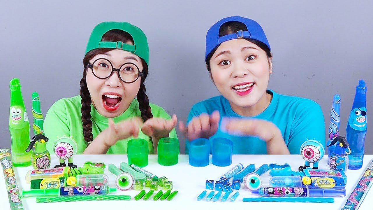 Blue Food VS Green Food Color Challenge DONA Mukbang
