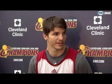 Kyle Korver on helping LeBron James with his shot | FOX SPORTS OHIO