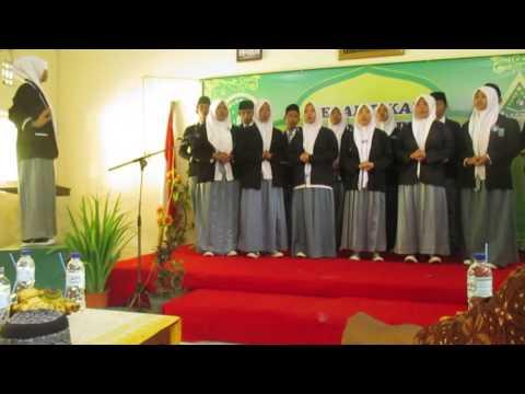 MARS IPNU & MARS IPPNU Oleh GRUP PADUAN SUARA MA Nurul Hikmah Haurgeulis (MANHIK)