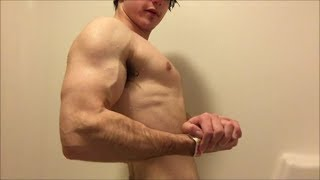 Aesthetic Muscle Flexer Jamie Tyler Shows off Lean Vascular Flexing in the Shower
