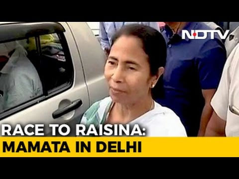 Mamata Banerjee In Delhi To Meet Sonia Gandhi, Congress Sweats in Bengal