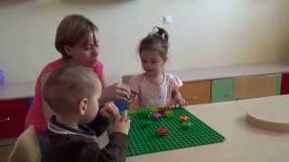 Занятие LEGO (дети 1.5-2 лет)