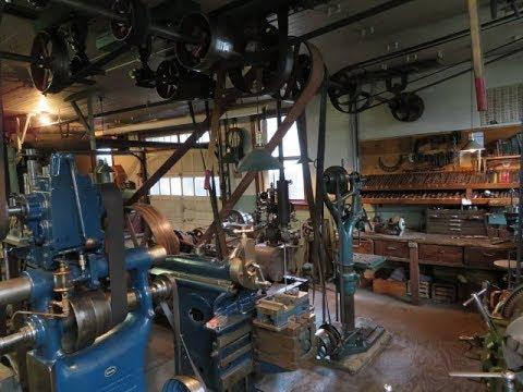 OLD STEAM POWERED MACHINE SHOP  35  Steam engine frame base