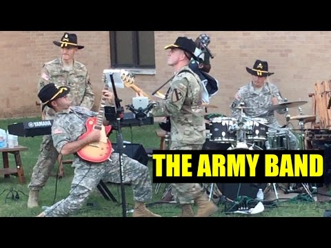 ARMY LIFE: THE ARMY BAND