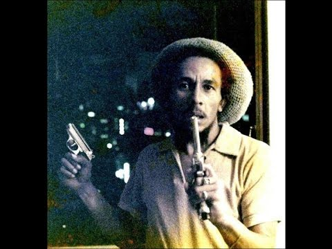 RARE BOB MARLEY  INTERVIEW SPEAKING ABOUT BABYLON WHITE SUPREMACY