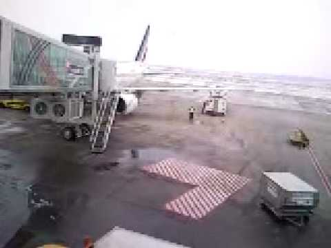 aerodrom nikola tesla ulaz c3 - YouTube