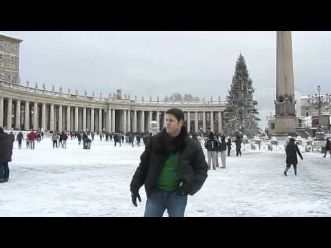 Snow at the Vatican, Italy - First time in 25 Years!