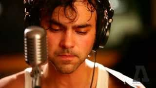 Watch Shakey Graves Word Of Mouth video