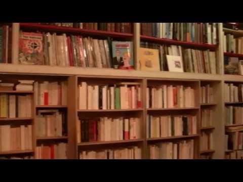 Intérieur De La Librairie-bouquiniste  Entropie, Paris 11