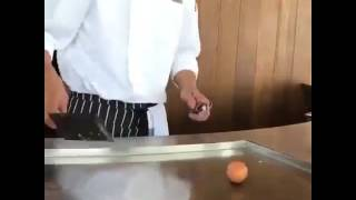 amazing Chef ,drawing a heart using egg
