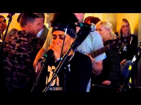 Ujahm @ Revolution Bar. Nottingham . 11/10/2015.