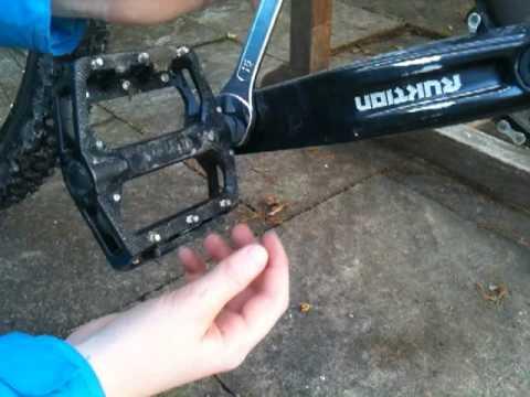 Fahrrad pedale abschrauben
