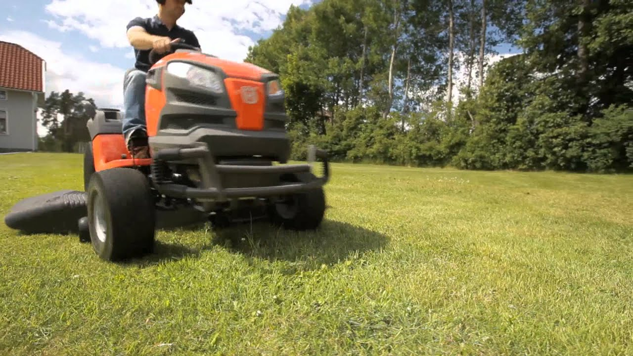 Husqvarna Lawn Tractors YT42DXLS (Tractor) from Hills Flat Lumber Co