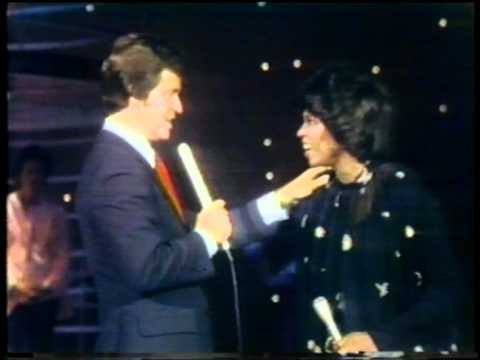 Dick Clark Interviews Betty Wright - American Bandstand 1978