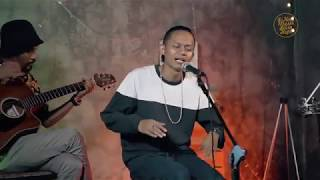 Wahyu Selow Ft Dhani - Selow  Live Recording Accoustic Version