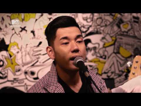 "Jaz Performs ""Teman Bahagia"" (MTV Jammin')"