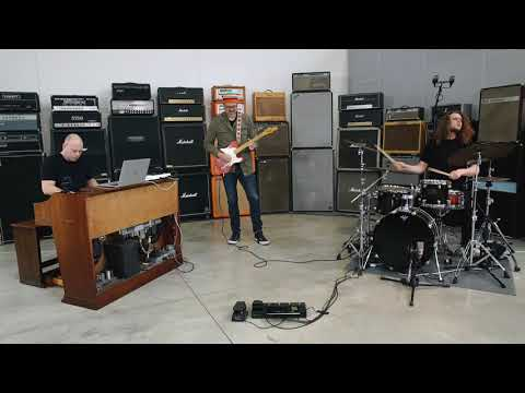 Live from the IK Amp Room: Koch Marshall Trio - Part 4