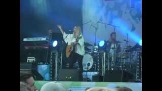 Lisa Miskovsky - Why Start A Fire (Live Rix FM Festival, Linköping 24/8/2012)