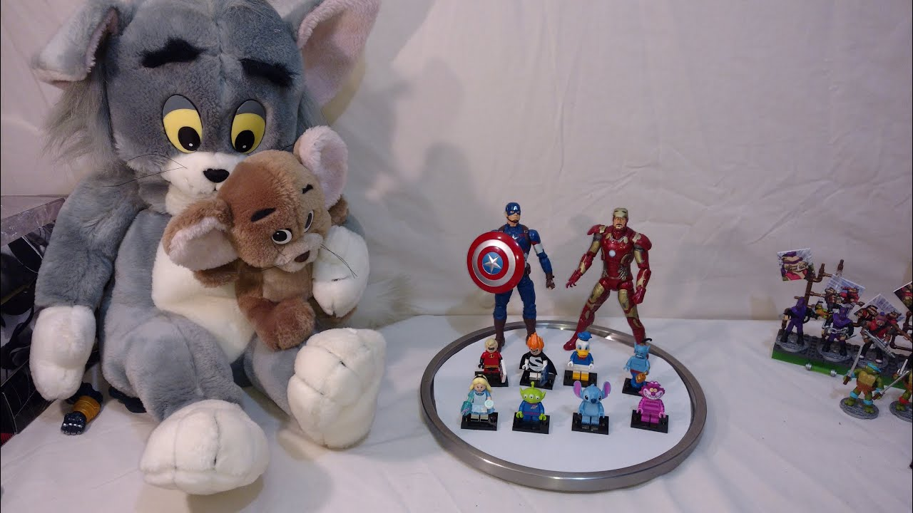 free 4 all friday civil war chat disney lego minifigures tom and jerry plushes - Chat Disney