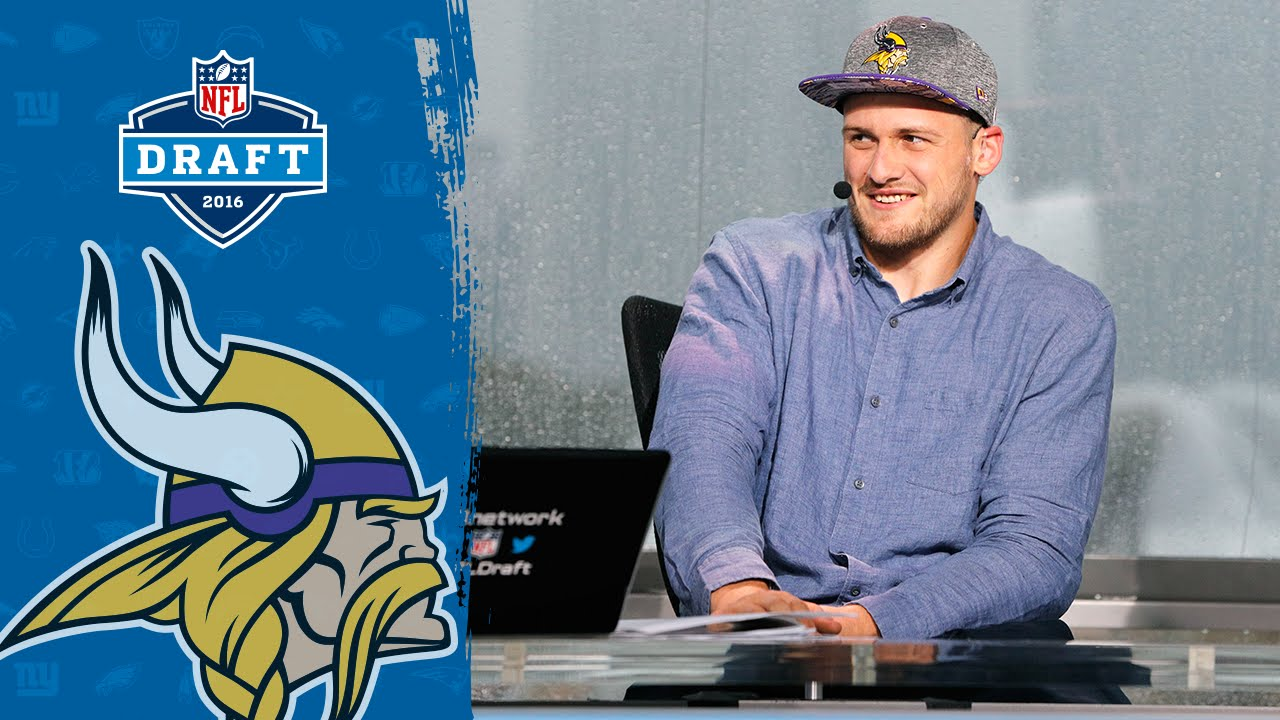 Moritz Böhringer s Journey from the German Football League to the Vikings  6af496fb9