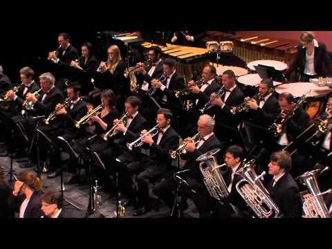 Conga del Fuego Nuevo de MARQUEZ - Orchestre Harmonie de la Ville de VICHY