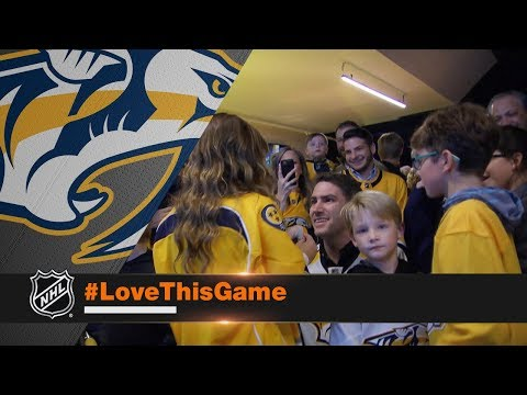 Viktor Arvidsson assists in surprise wedding proposal