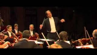 "Strauss - Christian Benda ""Tik-Tak Polka"" New Year Concert"