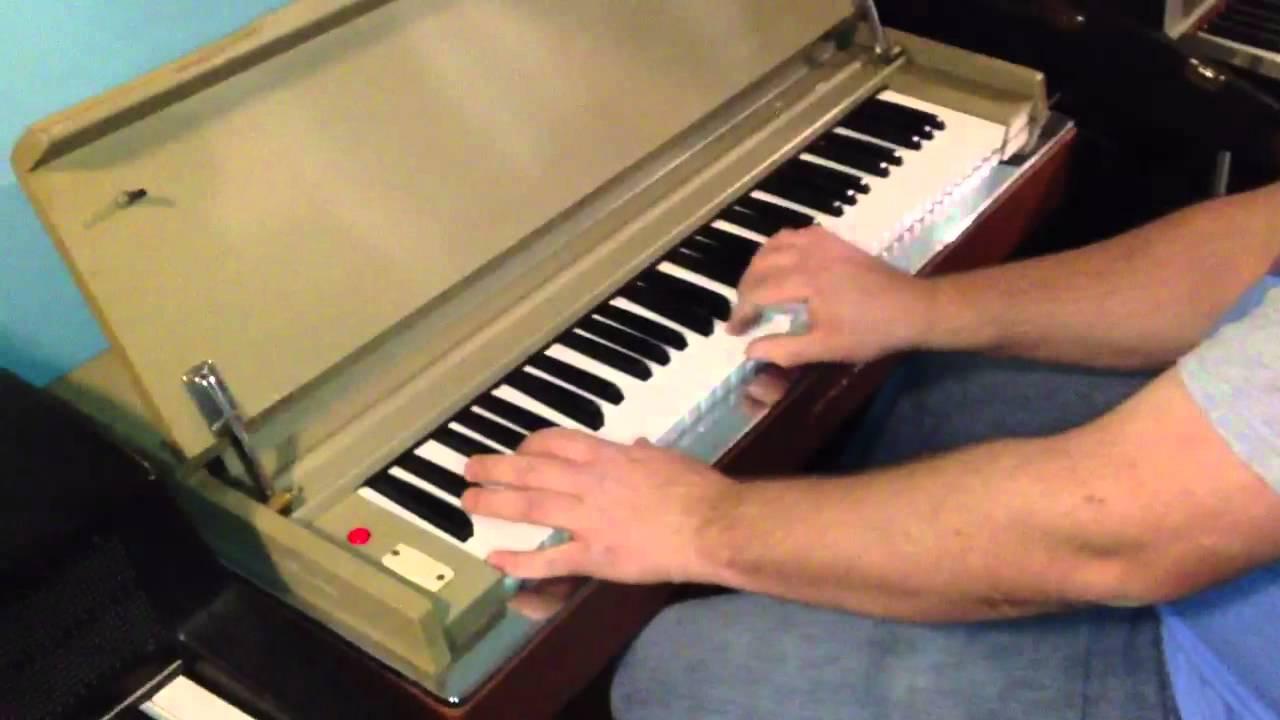 Yamaha Reed Organ - YouTube