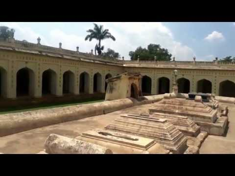 Tipu Sultan - Tomb Of  Tipu Sultan, in Srirangapatna | Places Near Bangalore and Mysore