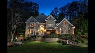 Meticulously Maintained Family Home in Roswell, Georgia